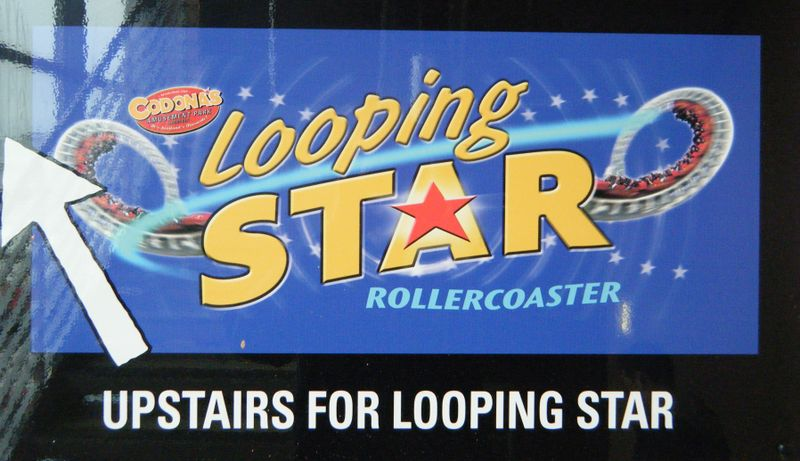 File:Looping Star (Codona's Amusement Park) sign.jpg