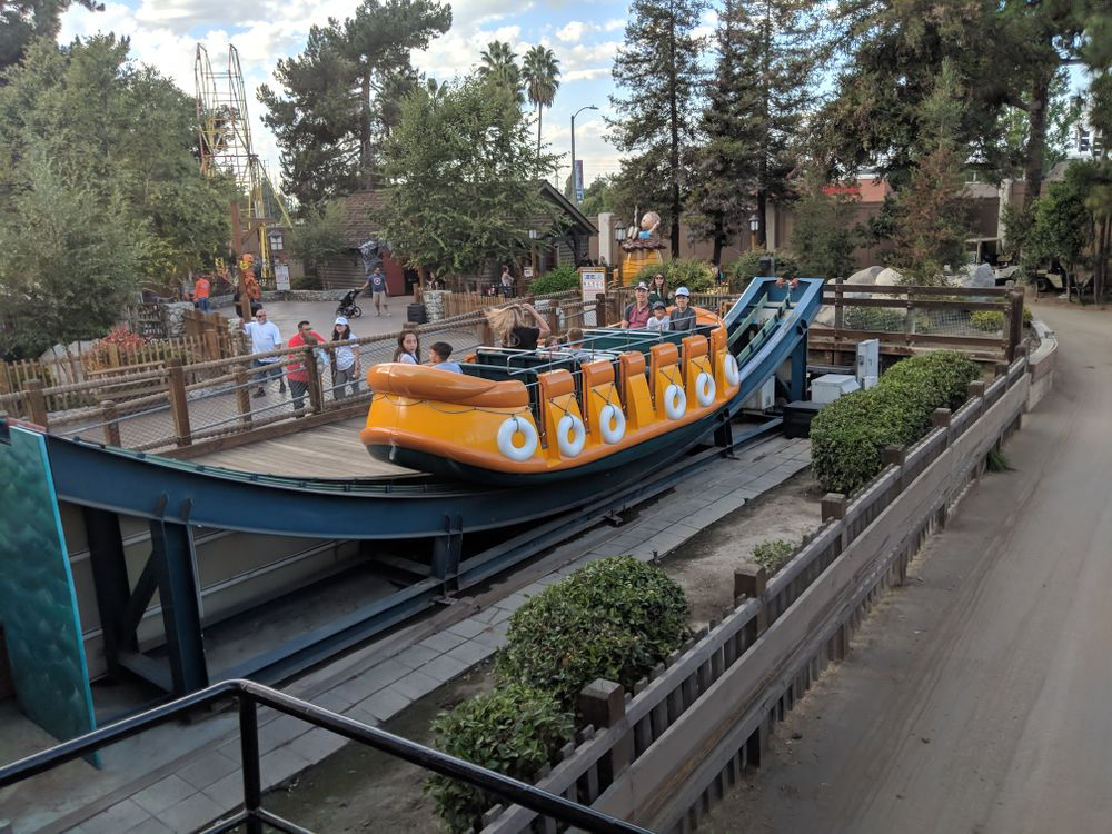Rapid River Run (Knott's Berry Farm) 2018 01.jpg