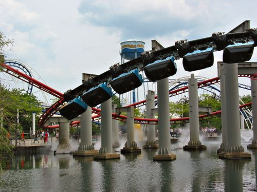 Iron Dragon (Cedar Point) 2003 01.jpg