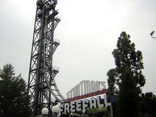 Stuntman's Freefall (Six Flags Great Adventure) 2005 01.jpg
