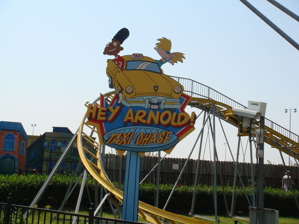 Hey Arnold! Taxi Chase (Carowinds) 2009 01.jpg