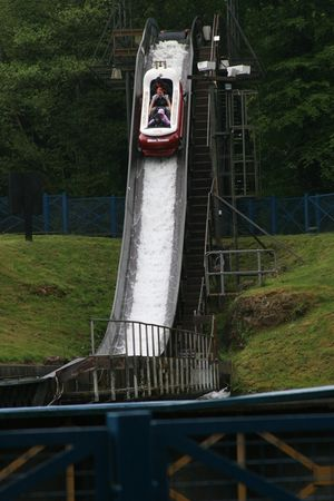 Flume (Alton Towers) 01.jpg