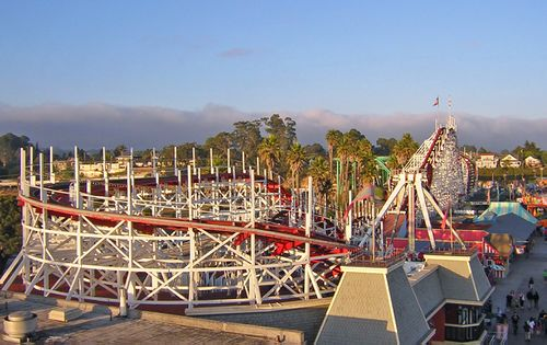 Giant Dipper (Santa Cruz Beach Boardwalk) 2006 01.jpg